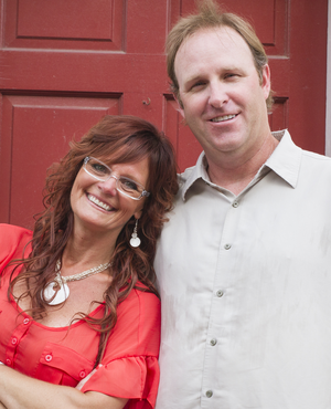 Photo of Dave & Laura Hopson